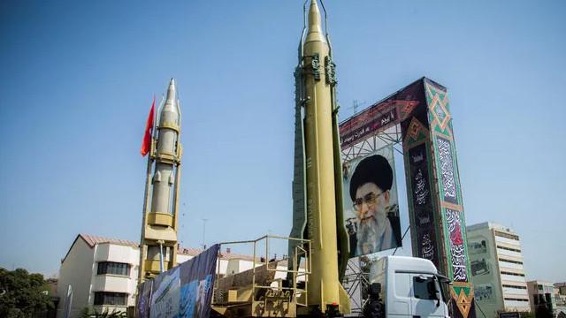 İran, nükleer denetimlerle ilgili ek protokolden ayrıldı