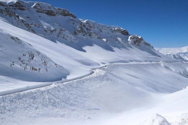 Van'da 3 metre karla yoğun mücadele - Resim: 2