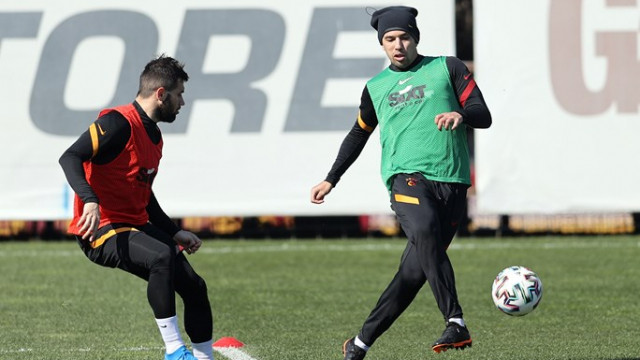 Galatasaray'a Feghouli müjdesi