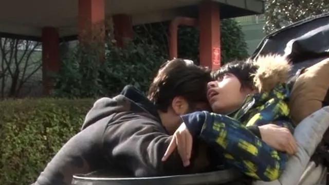 Çılgın Sedat'ın evinde yangın! Engelli oğluna sarılıp ağladı