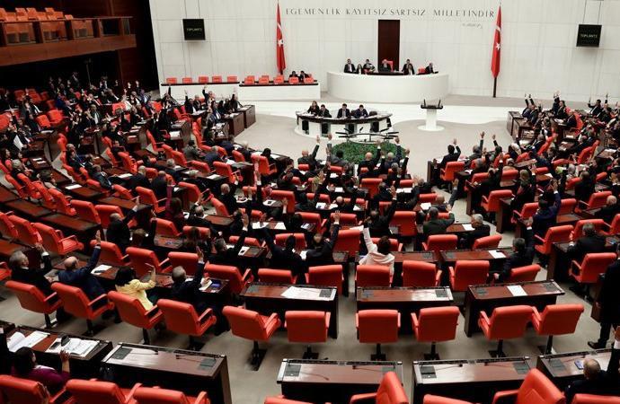 HDP'lilerin fezlekeleri Meclis'te!