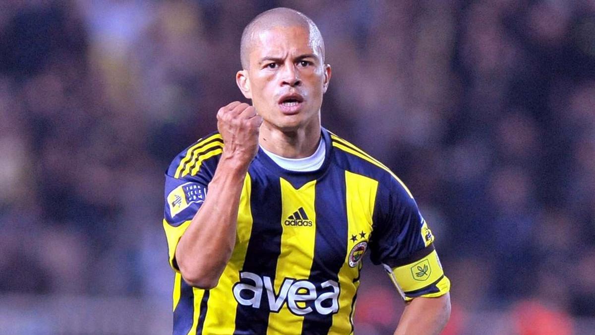 Alex'ten şaşırtan yorum: ''En büyük Beşiktaş!''