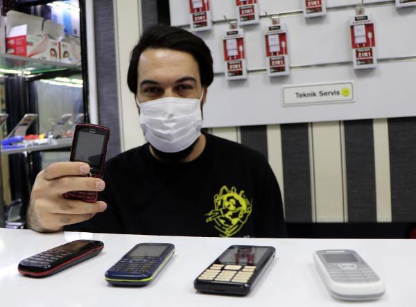 Tuşlu telefonlara talep patladı - Resim: 1