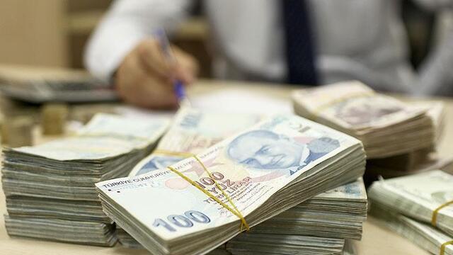Bankacılık sektöründe kredi hacmi geriledi