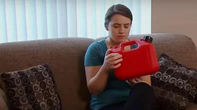20 yaşındaki benzin bağımlısı kız doktora gidince acı gerçekle yüzleşti