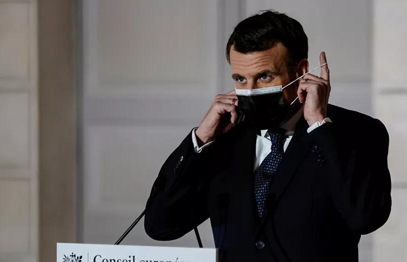 Macron'dan AB'ye aşı uyarısı