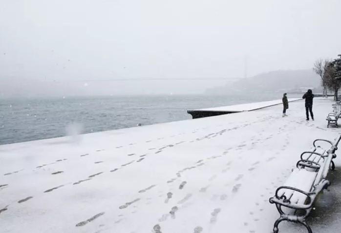 ''İstanbul Boğazı donacak'' iddiası tartışma başlattı