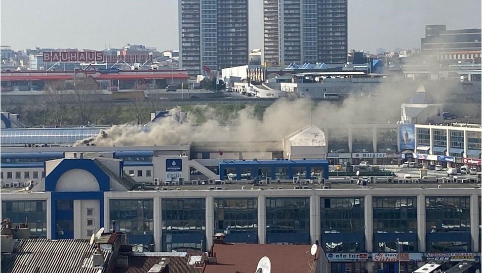 İstanbul'da otogarda yangın paniği