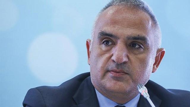 Bakan Ersoy RTÜK cezalarını ''eşit ve tarafsız'' olarak değerlendirdi
