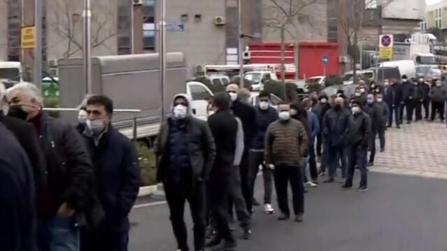 İstanbul'da sonu görünmeyen ''borç yapılandırması'' kuyruğu