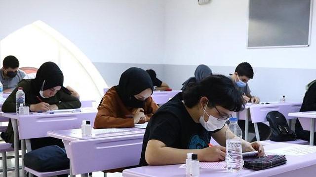 Bakan Selçuk açıkladı: Liselerde yüz yüze sınavlar ne zaman başlıyor?