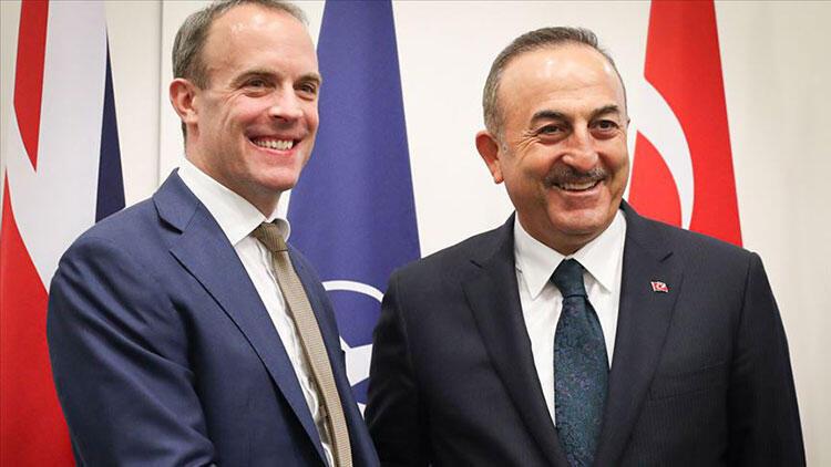 Çavuşoğlu, İngiliz mevkidaşıyla görüştü