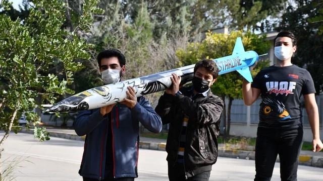 3 yıl önce kurulan üniversite kulübü yüksek irtifa roketi yaptı