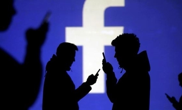 Darbe sonrası Facebook'a erişim engeli!