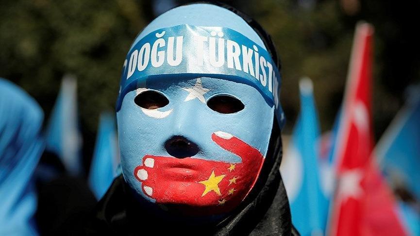 Çin'den Uygur Türkleri'ne akılalmaz işkence!