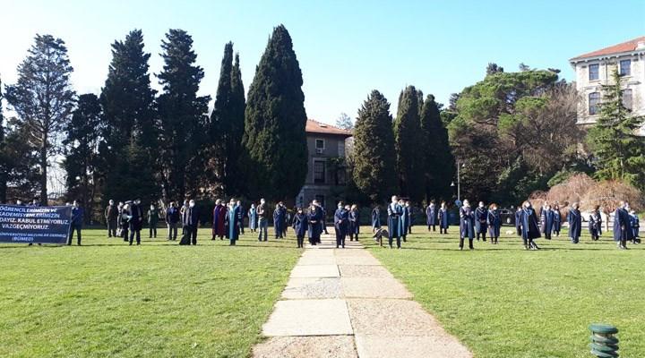 Akademisyenlerin Melih Bulu protestosu devam ediyor