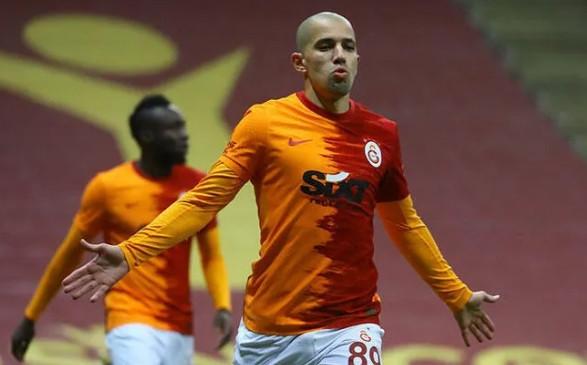 Feghouli, Fenerbahçe derbisinde oynayacak mı?