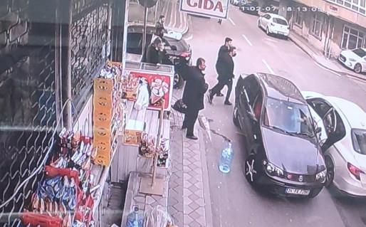 İstanbul'da yol verme kavgasında kan aktı