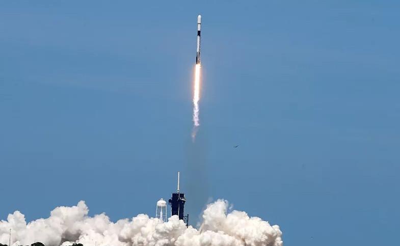 Astronotlar uzayda kalma rekorunu kırdı