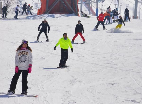 Palandöken'da kısıtlamada kayak keyfi - Resim: 1