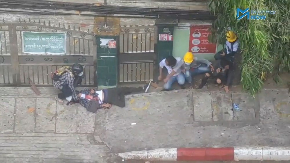Darbe protestolarında kan aktı: En az 18 ölü