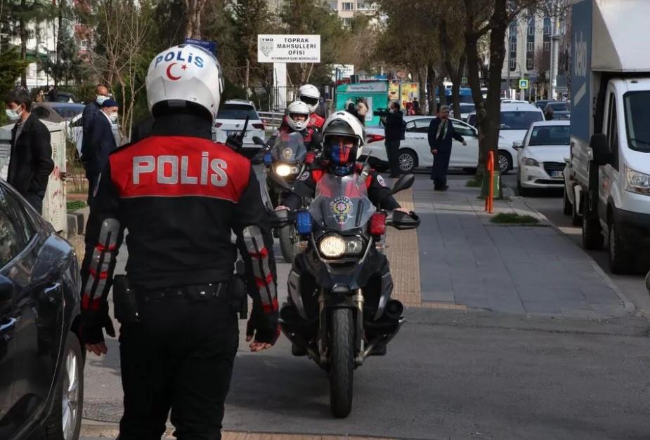 Diyarbakır'da banka şubesinde hareketli dakikalar!