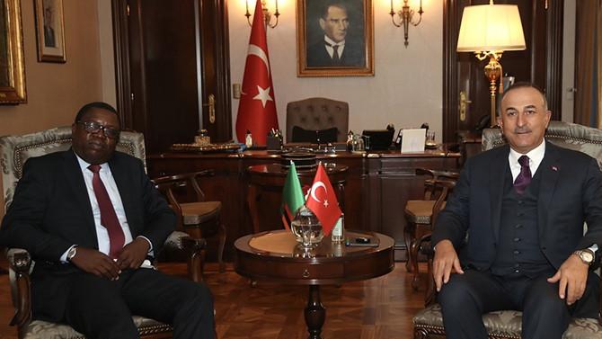 Dışişleri Bakanı Çavuşoğlu, Zambiyalı mevkidaşıyla görüştü