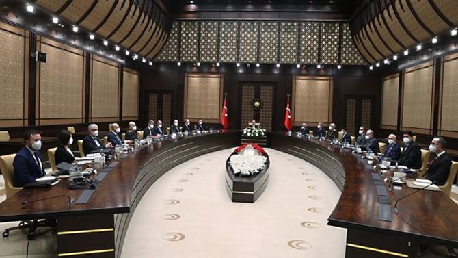 ''Türk savunma sanayii açık veya gizli ambargolarla hedef alınıyor''