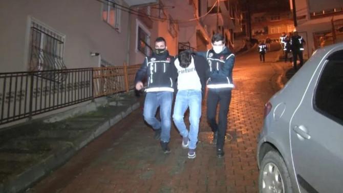 İstanbul'da şafak baskını! Gözaltılar var