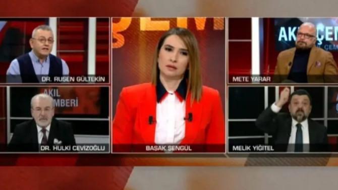 CNN Türk canlı yayınında kıyamet koptu!