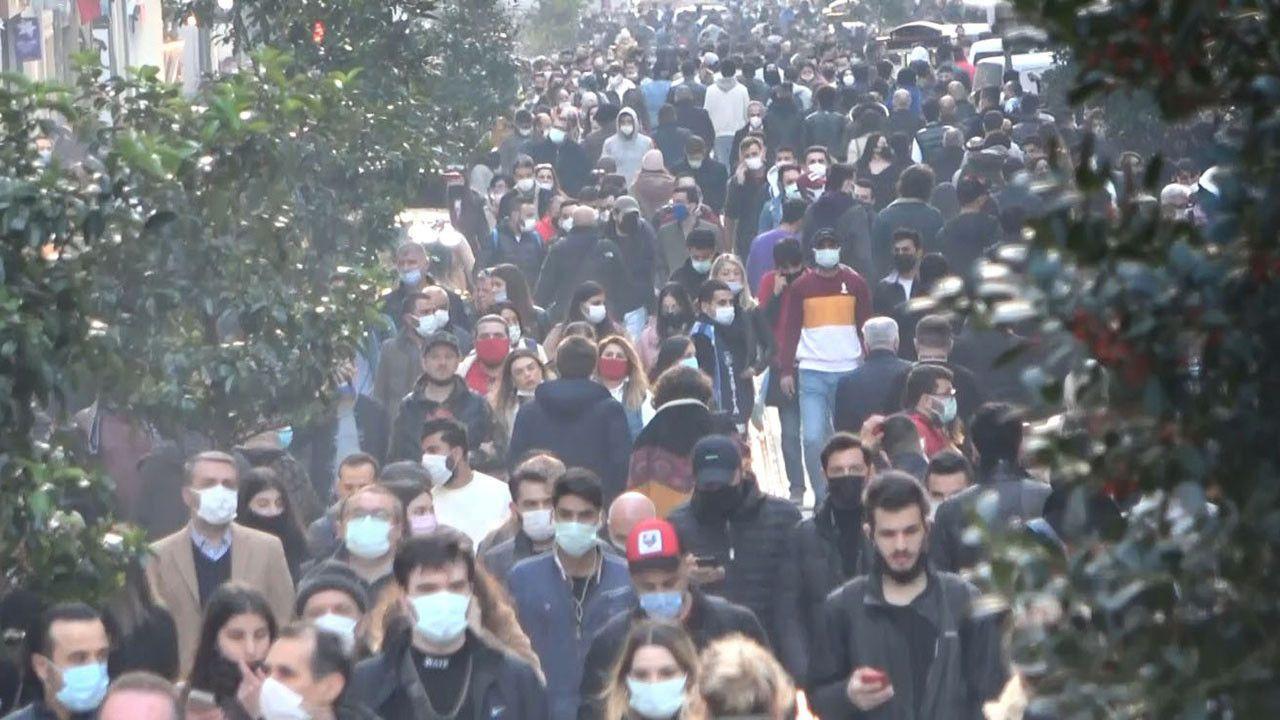 İstanbul'da kısıtlamasız ilk Cumartesi'den korkutan görüntüler