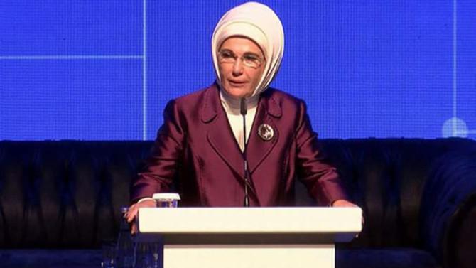 Emine Erdoğan'dan ''Dünya Kadınlar Günü'' mesajı