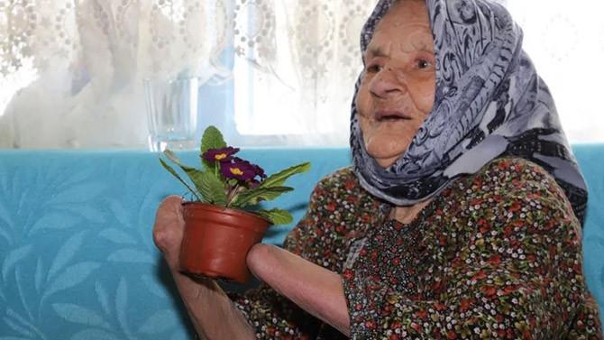 Elleri kocası tarafından kesildi, 72 yıl böyle yaşadı!