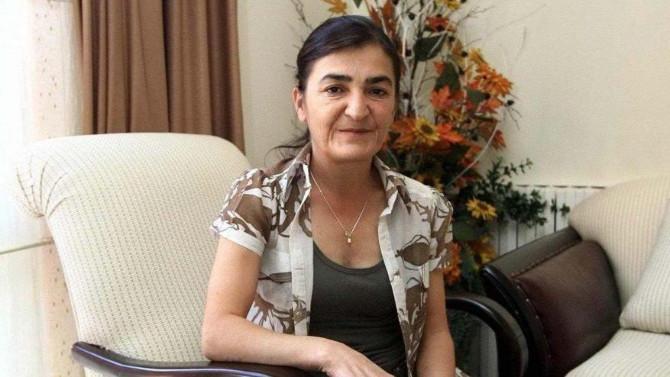 Gazeteci Müyesser Yıldız'a hapis cezası