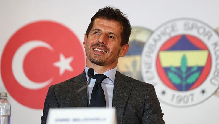 Emre Belözoğlu istifadan döndü
