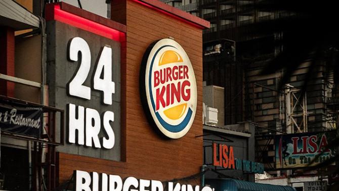 Burger King 8 Mart paylaşımı için özür diledi