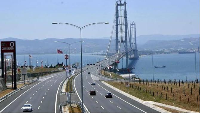 Ulaştırma Bakanı ''geçiş garantili'' projeleri böyle savundu
