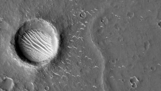 Mars'tan sürpriz fotoğraf