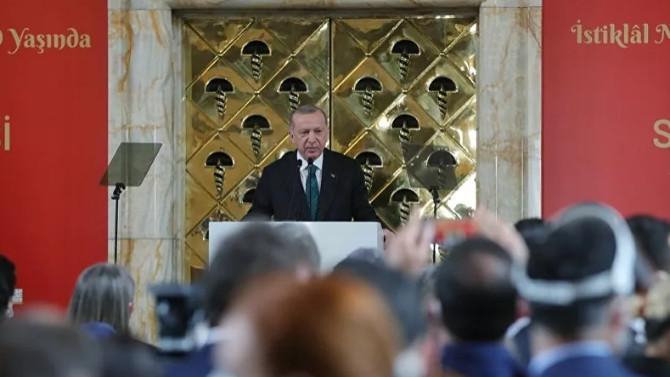 Erdoğan: ''Modern Sevr'leri yırtıp atıyoruz''