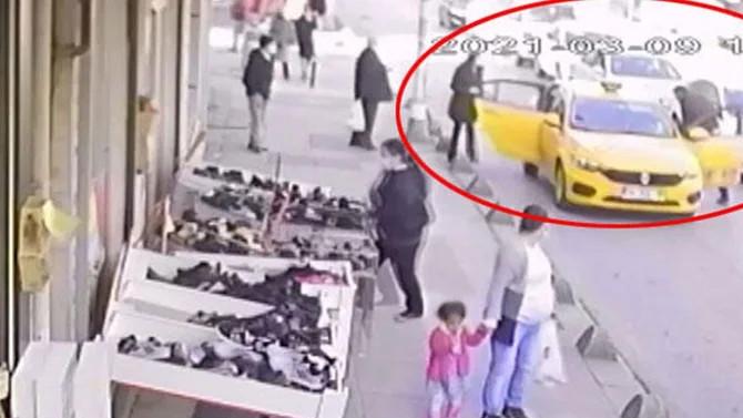 Bayrampaşa'da dehşet! Önce taksiciyi  sonra eşini dövdü