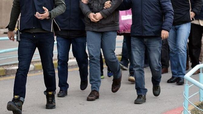 2'si DEAŞ'lı 3 kişi yakalandı