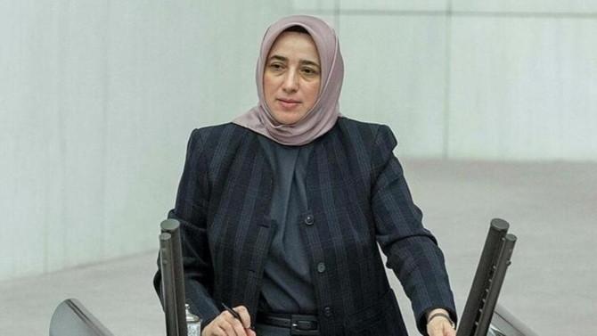 AK Partili Zengin: ''Başı açık olan kadınlar daha avantajlı''