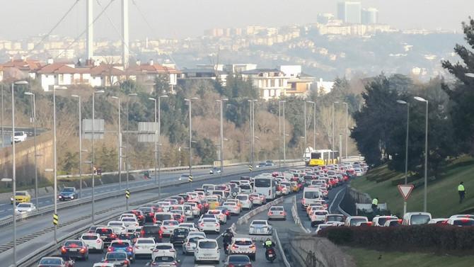 Çünkü normal değil, ''a''normaliz! İstanbul'da trafik durdu!