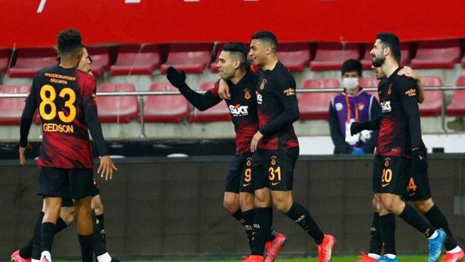 Galatasaray'ın zirve takibi sürüyor