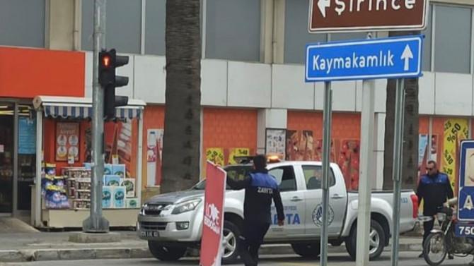 CHP'li belediye Erdoğan afişlerini böyle toplattı