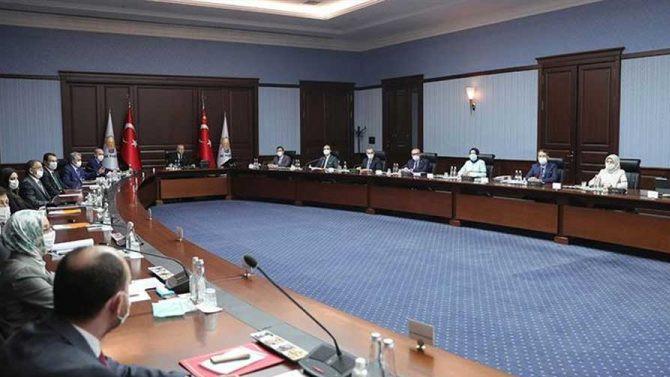 Ankara kulislerinde kabinede değişiklik sinyali