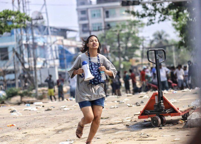 Myanmar'da darbe cehennemi: Ölü sayısı 138'i geçti - Resim: 4