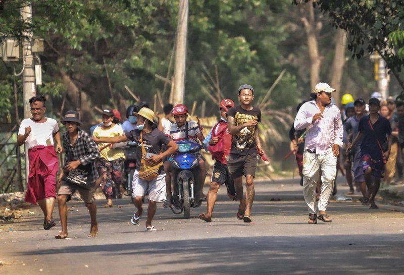 Myanmar'da darbe cehennemi: Ölü sayısı 138'i geçti - Resim: 1