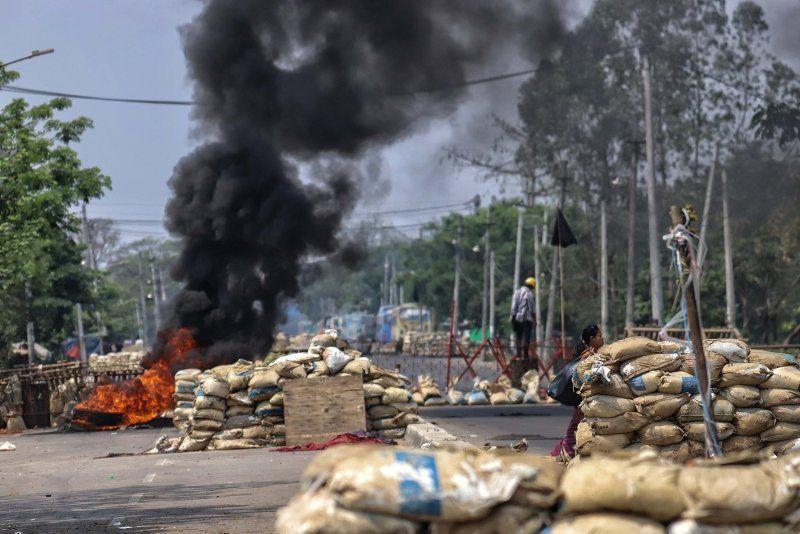 Myanmar'da darbe cehennemi: Ölü sayısı 138'i geçti - Resim: 2
