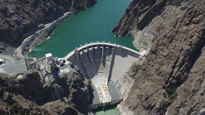 Çoruh Nehri'ndeki barajlar ülke ekonomisine katkı sağlıyor